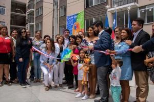 La entrega corresponde al trabajo que ha realizado el Ministerio de Vivienda y Urbanismo y benefició a 5 comités de familias provenientes de campamentos.